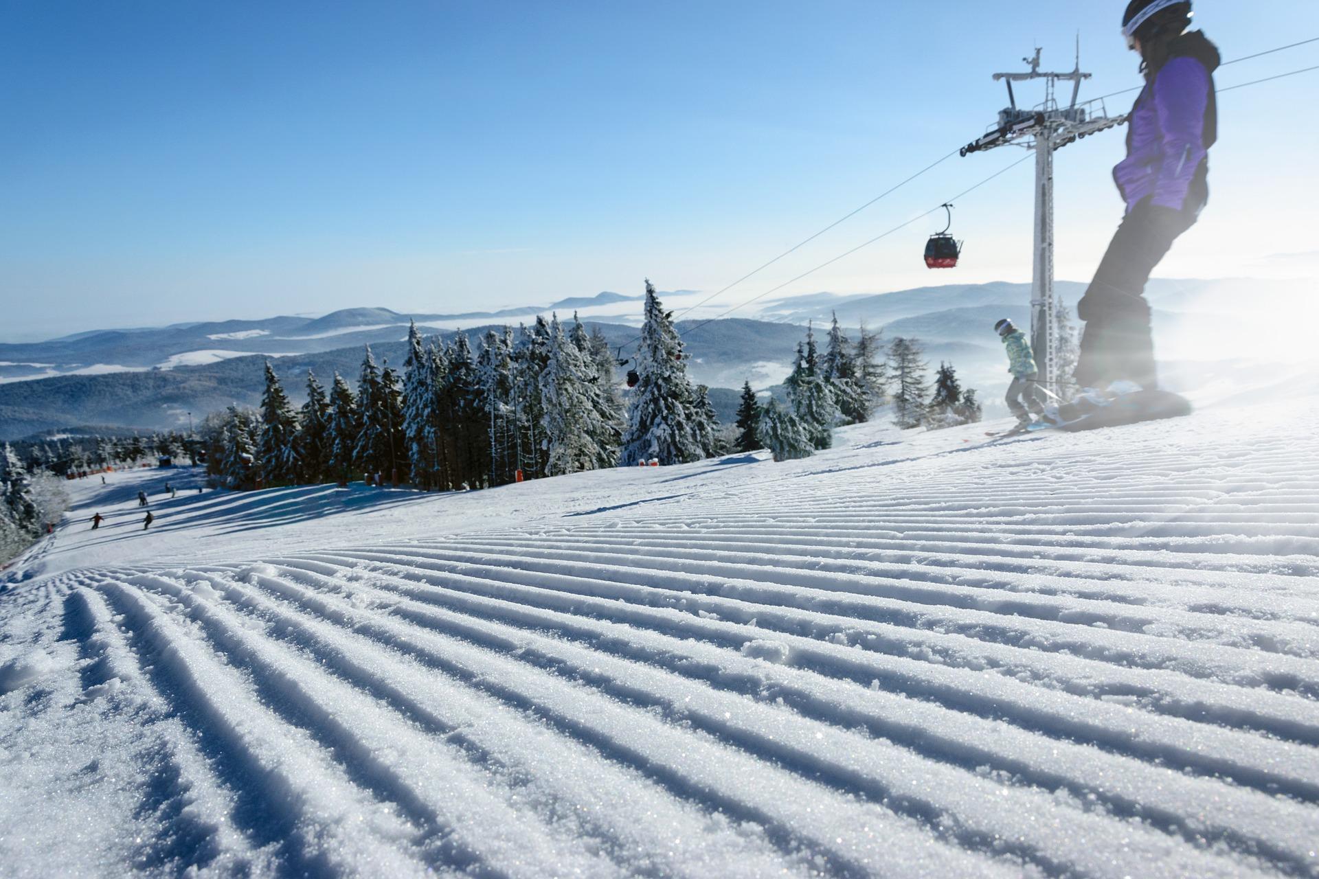 ski-slope-3184931_1920